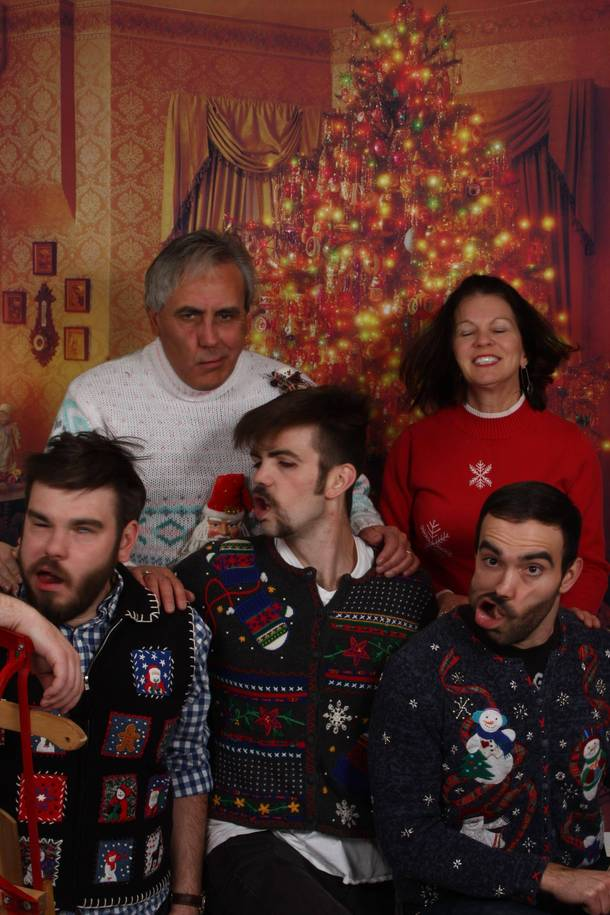 Family Christmas Meme Funny.Convinced My Family To Go Out And Get Family Christmas