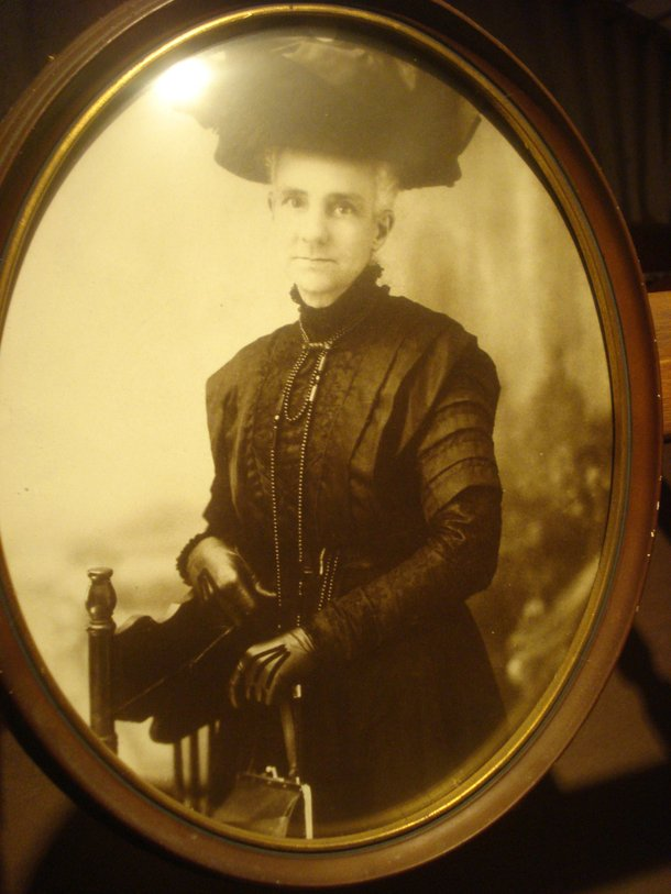 My friends boyfriend had a great great grandmother who looked exactly like Steve Martin if he were in a Victorian-era cross-dressing comedy