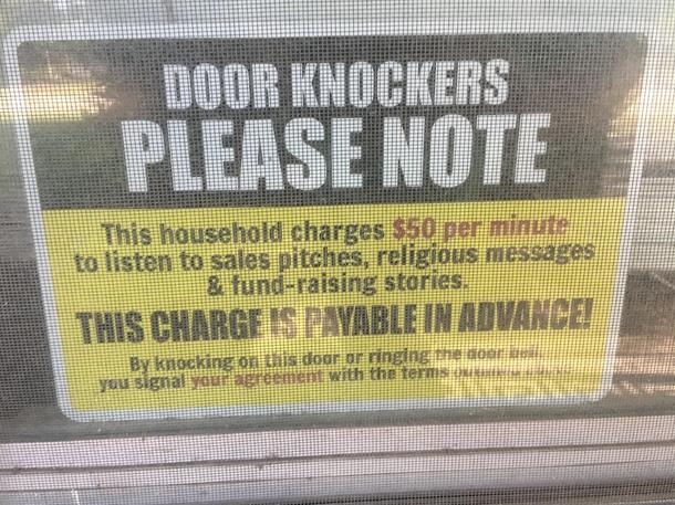 One way to keep those pesky Jehovahs Witnesses away : funny