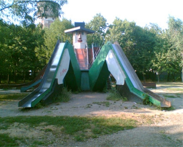 Pic #18 - Playgrounds scarring kids for life