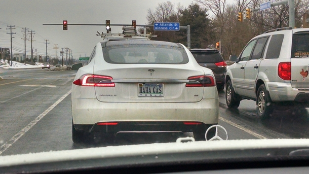 Tesla owner rubbing it in to the rest of us