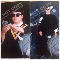 A friend of mine just got his graduation photo previews