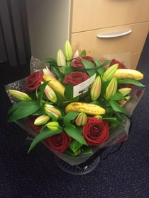 A friend sabotaged someones flowers at work - She still hasnt noticed