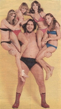 Andre the Giant The girl in blue knows what shes in for