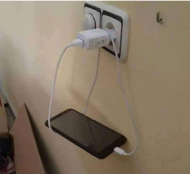 Best Way to Charge the Phone