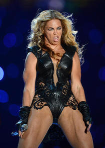 Beyonces reaction to Mileys performance