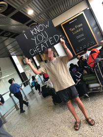 Boyfriend exposed his girlfriends cheating at the Melbourne airport arrival gate