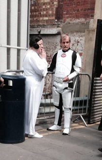 Carrie Fisher and Mark Hamill pictured on Star Wars VII London set