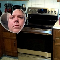 Dad sends pic of his new stove forgets to turn off the front cam heart feature