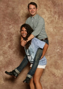 Elijah Wood Does Take the Best Fan Photos