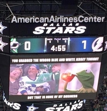 Fan gets called out by the Jumbotron
