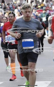 Forget the perfectly timed glamour running pictures and allow me to present my mile  face Chicago Marathon