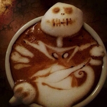 Friend asked for something relates to Christmas on his coffee and got this nightmare