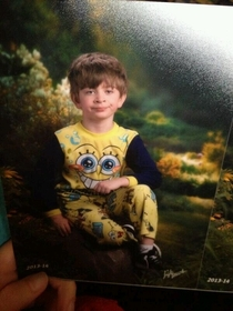 Friends mom mixed up pajama day and picture day He was not pleased