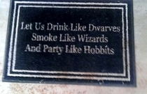 hobbits do party