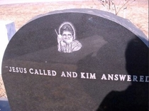 I cant stop laughing at this grave stone