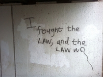 I like clever graffiti