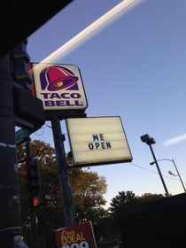 I love going to fast food restaurants in the ghetto