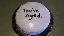 I made a birthday cake for my boyfriend but I forgot how old he was turning