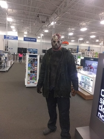I work at best buy almost shit my pants when jason came up behind me asking where my laptop chargers are lol
