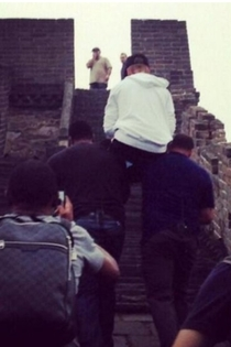 Justin Bieber got carried up the Great Wall of China