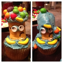 Made a special minion cupcake for my boyfriend before I left for work This is what he came home to