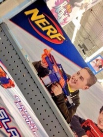 Miley Cyrus now endorsing Nerf Guns