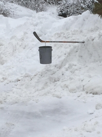 my boyfriends mailbox was buried so far under the snow they couldnt dig it out so he improvised