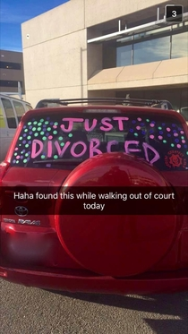 My friend works in a courthouse He found a very happy customers car today