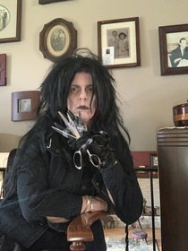 My mother has made all sorts of fun costumes to entertain herself during Quarantine She went with Edward Scissorhands today