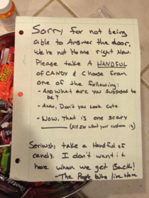 My note for the trick-or-treaters