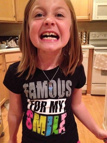 My yr broke her front tooth in half today by roller skating into a wall This was the shirt she was wearing