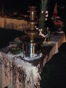 Ok I reckon installing a chocolate fountain outdoors on a windy day may have been a shitty call