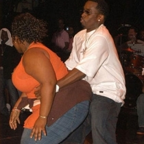 PDiddy obviously giving the heimlich