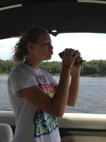 Pic #1 - My sister tried to kiss a fish