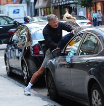 Pic #2 - An Alec Baldwin run-in with paparazzi told in  pictures