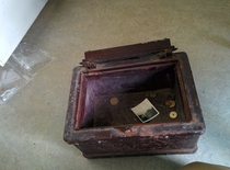Pic #4 - Girlfriend inherited a house found a mysterious chest
