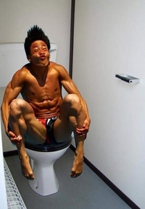 Pic #5 - Olympic divers on the toilet