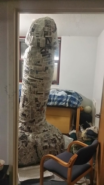 Pic #6 - My suitemate went away for spring break so we built a giant penis in his room