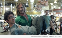 Pic #7 - Just a normal day at the market for Fabio