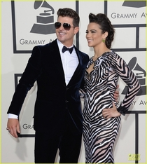 Pic #8 - Robin Thicke always holds his arms out like some sort of god damn Ken doll