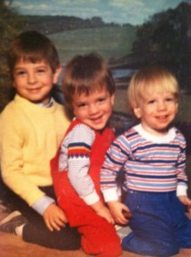 Picture of my brothers and me when we were little Im the one in the middle When you see it