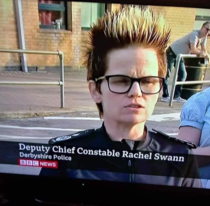 Policewoman going super saiyan