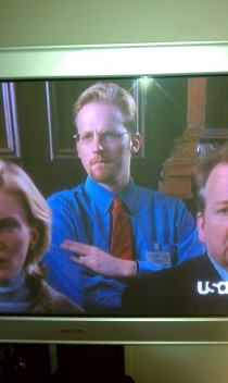 Saw this dude throwing up the shocker in the jury on law and order svu