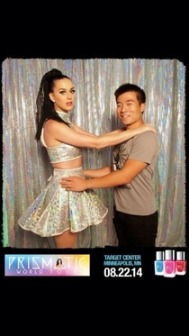 So my buddy met Katy Perry last night Awkward Prom photo ensued