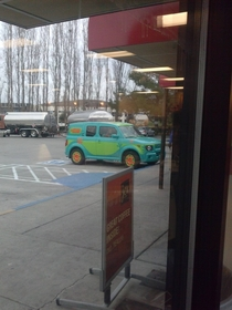 So this guy pulls up to my work Complete with Scooby Doo in the passenger seat