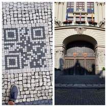Some Prague city worker figured out how to troll tourists IRL