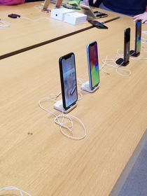 Someone improved the apple store