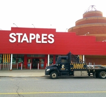 Staples hired this huge dick to fix their awning