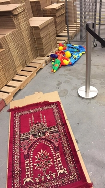 Stockpile of weapons found beside this prayer mat in Canada